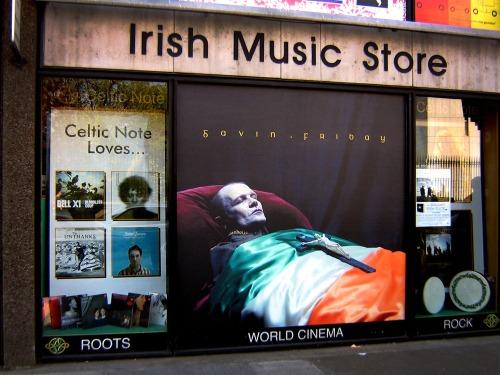 Celtic-note-nassau-st-21-04-2011