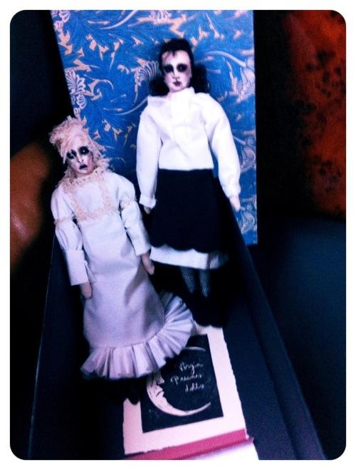 Gavnguggi-dolls